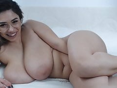 chubby busty romanian cam-slut
