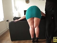 Pascal fucks a submissive dark-haired mature slut
