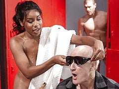 Jenna Foxx Acts Blind and gets a huge dong for the trouble